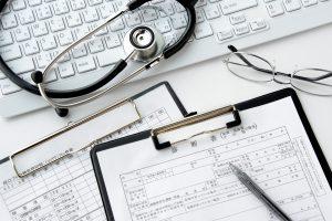 診断書 聴診器